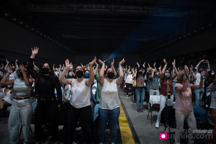 Público en el concierto de presentación de Aviónica de Antonio Orozco en Barcelona
